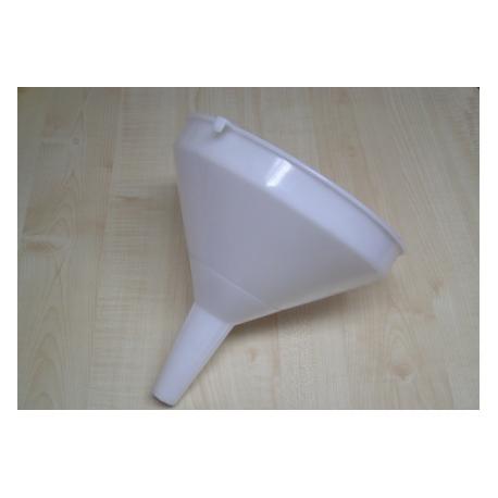 Plastiko piltuv?lis 22 cm