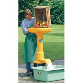 Elektrischer Schredder von Äpfeln und Birnen
