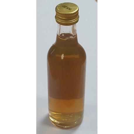 Aromatinis vermuto skonio priedas, skirtas 23l