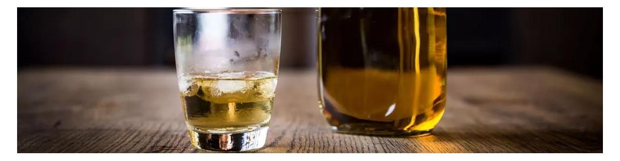 Iesala komplekti viskija pagatavošanai