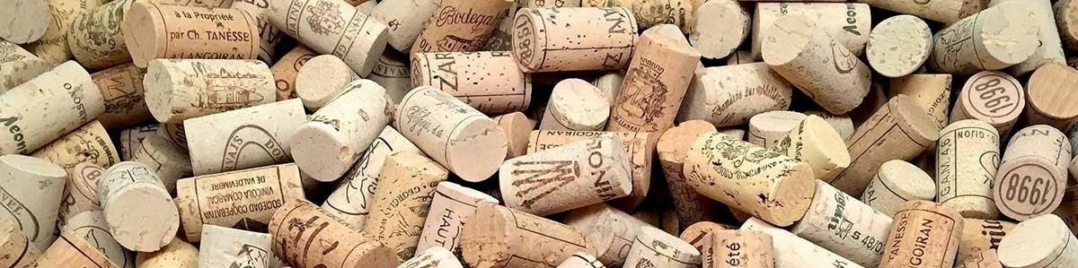 Wine corks, crown caps